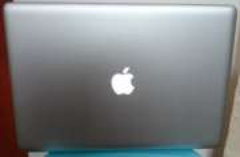 INCREDIBLE OFFER! Macbook Pro 15 QuadCore i7, 8GB RAM, 500GB HDD