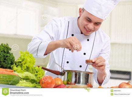 يتوفر لدينا من المغرب اصطاف كامل من كوادر المطاعم