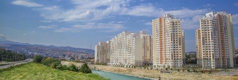 تملك في جورجيا تبليسي بأكبر مجمع سكني بمواصفات فندقية المشروع قائم