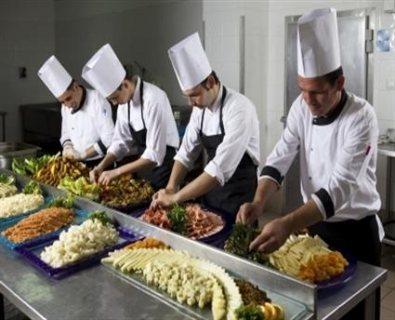 نتوفر على اصطاف مطاعم من الجنسية المغربية