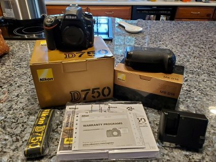 Wholesales Deals Nikon D3X, Nikon D3S, Canon EOS 5D Mark III Digital Cameras