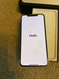 صور Apple iPhone 11 Pro  64GB = $600, iPhone 11 Pro Max  64GB =   $650, iPhone 11  2