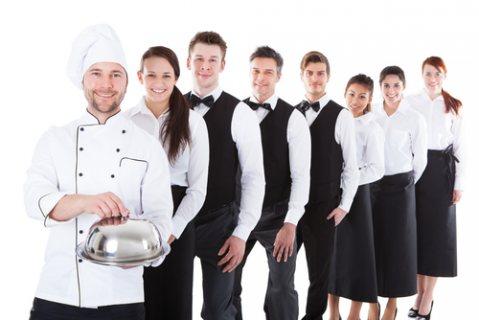 طاقم شامل من شيفات وطباخين جاهزين للعمل بالفنادق والمطاعم للإستقدام من المغرب