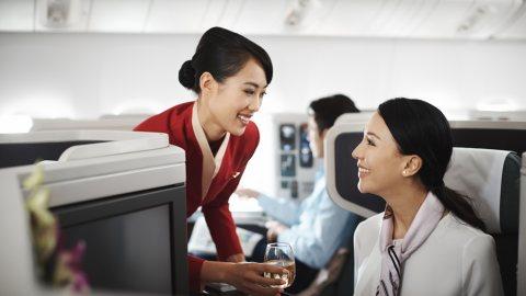 متوفر لدينا طاقم مضيفات ومضيفين طيران للإستقدام عبر شركة الأسمر من المغرب