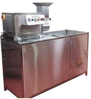 ماكينة صنع وتشكيل الفلافل     Falafel making machine