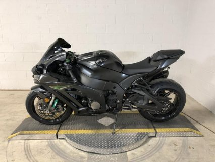 2016 Kawasaki Ninja ZX-10R available for sale