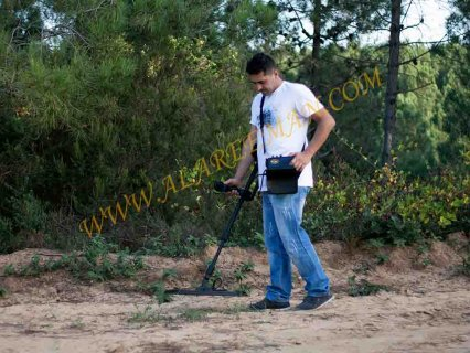 جهاز ديب هانتر التصويري والمتخصص بالكشف عن الذهب والمعادن 2014