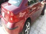 سيارة فورد مونديو لون احنر موديل 2003 في حالة جيدة للبيع